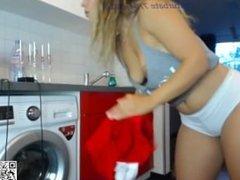www.find6.xyz girl sexydea flashing boobs on live webcam