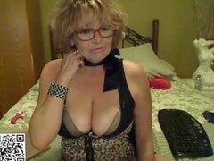 slut monicahotlips6969 playing on live webcam - find6.xyz