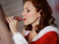 Holiday Blowjob For Santa