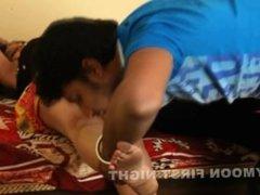 Bhahbi Ke Garam Hoth Navel Show