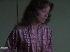 Jaime Lyn Bauer - The Centerfold Girls (1974)