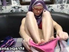 Arab Teen Webcam masturbation