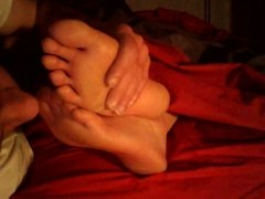Kiss her nice soles and toes
