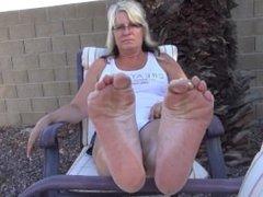 MEGA MILF SOLES