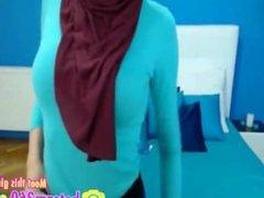 Live Cams: Free Arab & Amateur Porn Video 02