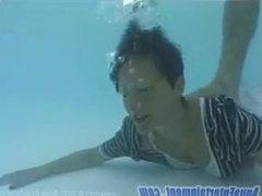 stalking drown underwater