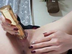 Amateur girl having fun with dildo
