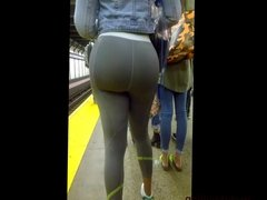 Bubble Ass Milf in Subway