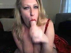 Gagging cam slut