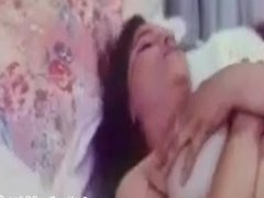 Hot Mallu Reshma Bed Sex(IndianDesiVideo.Com)
