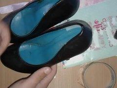 R.S heels BIG CUMSHOOT