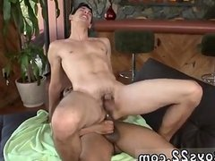 Men who like to suck dick and eat cum gay