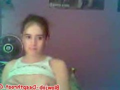 Hot Teen Chick Shows Her Titties On Cam