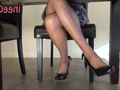 Ela Darling female desperation & wetting hers