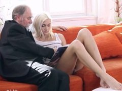 Tanya Blonde girl and Old man - Oldje - PornLF.com