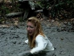 Blonde movie star tries to find her phone, ends up sinking in quicksand