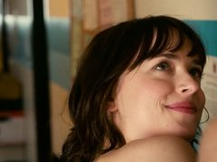 Dakota Johnson, Alison Brie. Leslie Mann - How to Be Single