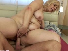 Mature pussy doggy fuck