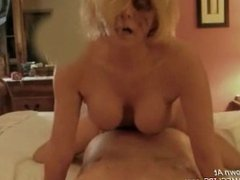 Amateur Milf grinds hard on a cock