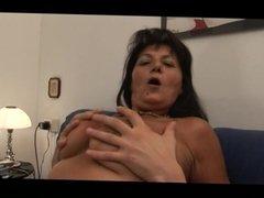 AB-SLSNSCTM mature italian big tits brunette milf nodol2