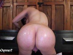Big ass tranny fucked big cock