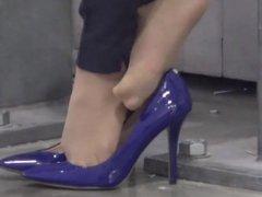 Amazing Candid Shoeplay Blue Heels!!!!!