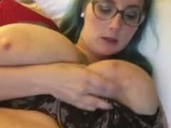 Mia Khalifa Stepmom Showing Her Big Boobs On Live Sex Webam at iCam5.Com