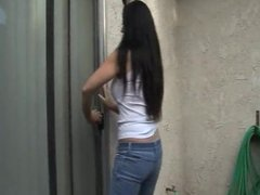 Woman at wrong house