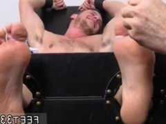 Art of sucking male toes gay [ www.feet33.com ] Kenny Tickled In A