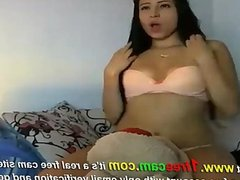 Brunette dancing naked on cam at 1freecam com