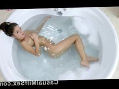 Hot Blonde from CasualMilfSex(dot)com plays in the bathtub solo