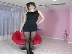 av model aya manabe racing hostess miniskirt panty shots & upskirt! shame!2