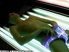 Can't Resist To Jerk Off While Getting Tanned