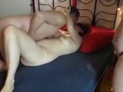 Amateur - Blindfolded Mature Wife MMMF Foursome