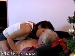 Cuckold bi anal Bruce a sloppy old man likes to poke youthful ladies like