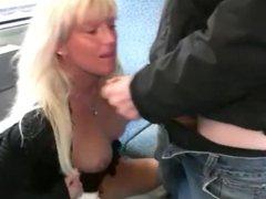 public blowjob and facial - cumwalk in train (german)
