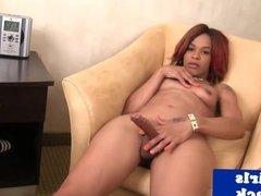 Pornstar tgirl Yandie Lee fingers her ass