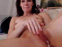 Girl films herself using dildo for creamy orgasm