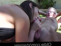 Young Julie Fucks a 75 Years Old Man in Park
