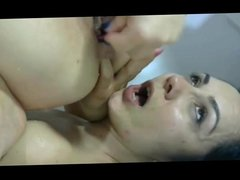 Squirting in her face