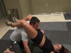 Mixed wrestling fitnessgirl Ivey
