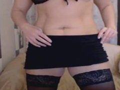 cams3.xyz - blond mature milf tease on web cam black lingerie
