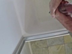 Penis Pumping With the Bathmate X40