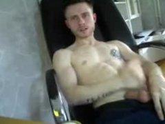 Irish guy jerking off on cam