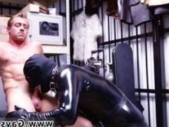 Hunk sucking trucker gay full length Dungeon sir with a gimp