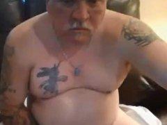 Nice tattooed daddy with nice cum