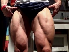 Muscle Man Kiwol flexes his Huge Veiny legs