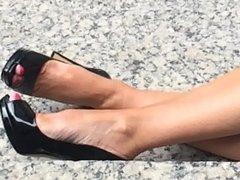 Milfs heeled feet and legs