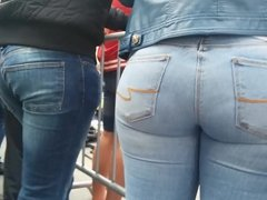 Big ass girl in blue jeans