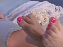 Honey's Hot Heel Tease Amazing Wrinkled Soles